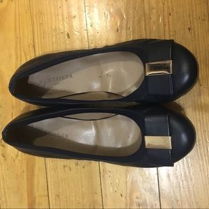 Ann Taylor Bow Flats Navy and Gold - 6